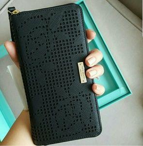 Kate spade wristlet wallet phone holder